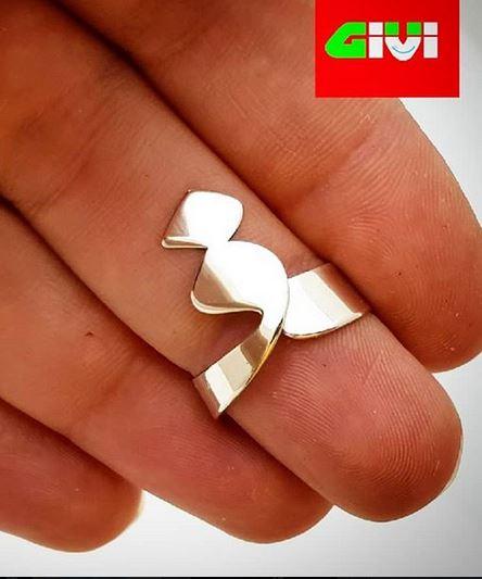 انگشتر نقره حرف ف185