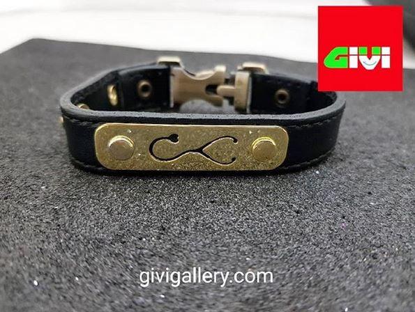 دستبند چرم و پلاک نقره53
